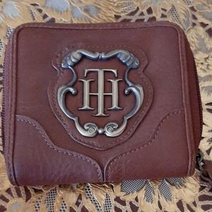 Tommy Hilfiger wallet like new leather purse